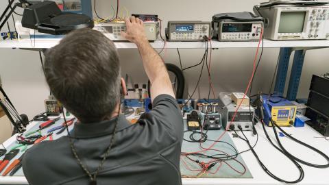 Electronics Lab | Automotive Research